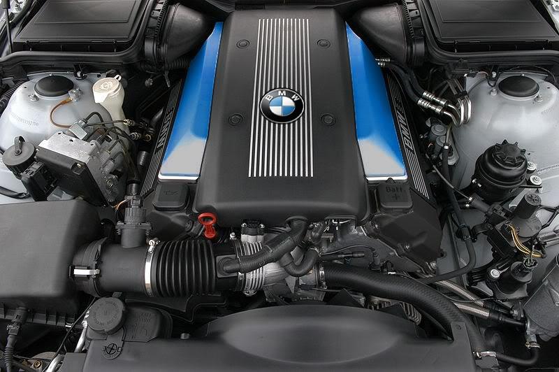 Présentation enfin du 730i Enginecover2-3604599